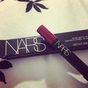 NARS: Velvet Matte Lip Pencil in Damned