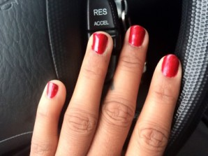 Sinful Colors: Lying Nails